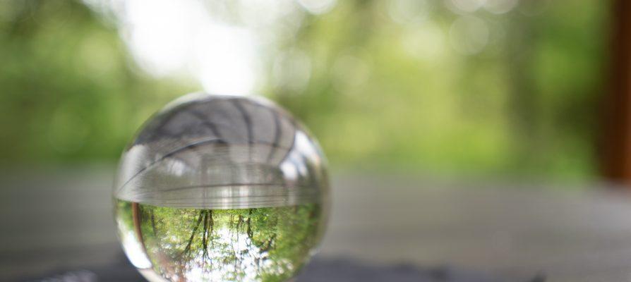 Russisch Roulette oder Fotografieren mit der Glaskugel