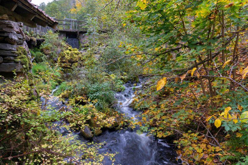 Wasserfall an der alten Wassermühle Rasmus Kvarn, Röttle By